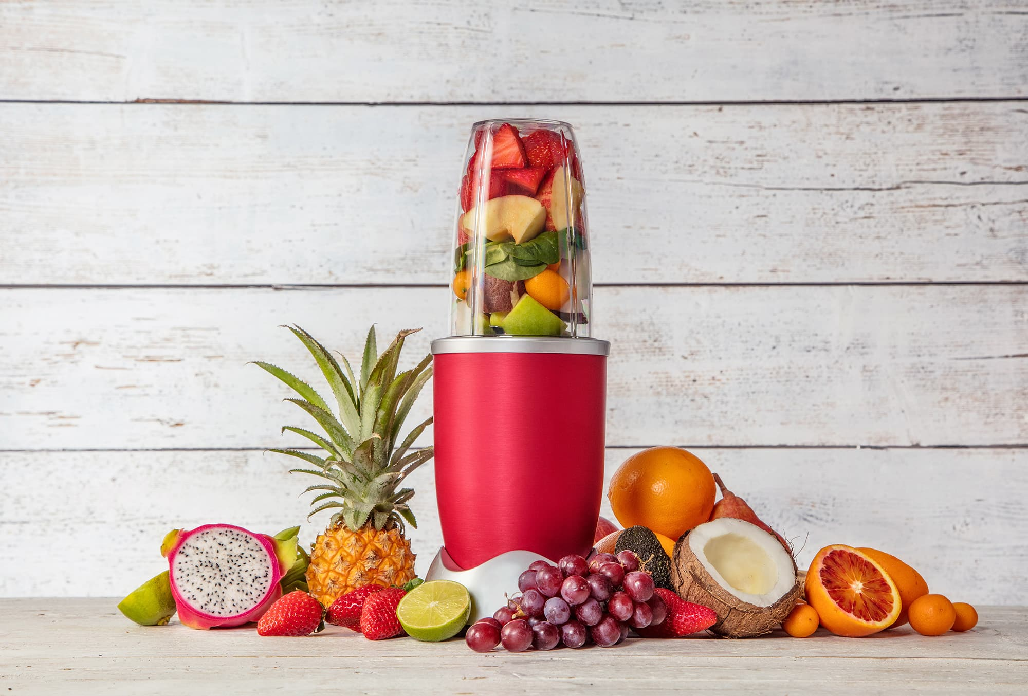Mixeur avec de multiples fruits colorés